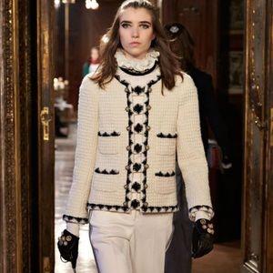 $8500 Chanel 15A Salzburg Ecru Black 2015 Jacket